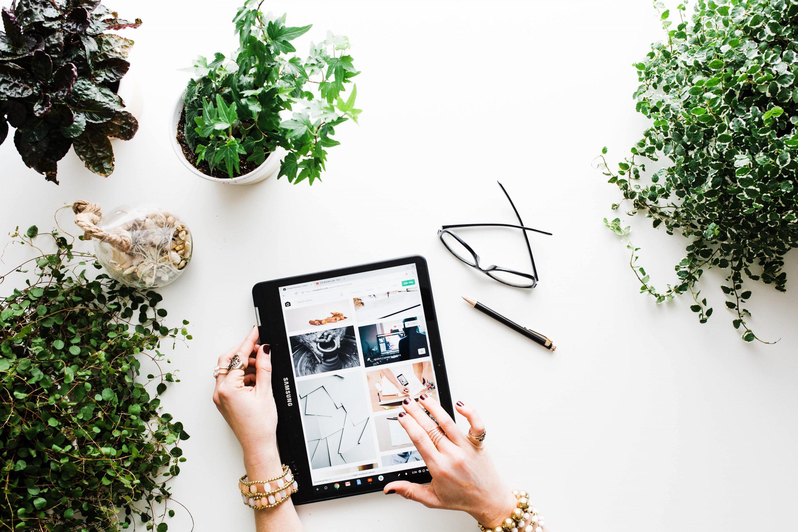 سامانه پشتیبانی آنلاین به شما کمک میکند تا چارچوب کلی سایت و عملکرد کاری خود را بهتر کنید